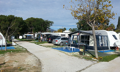 PITCHES AND CAMPING AREA OFFERS